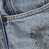 8 Cara Menghilangkan Noda Bekas Aspal di Baju dengan Cepat
