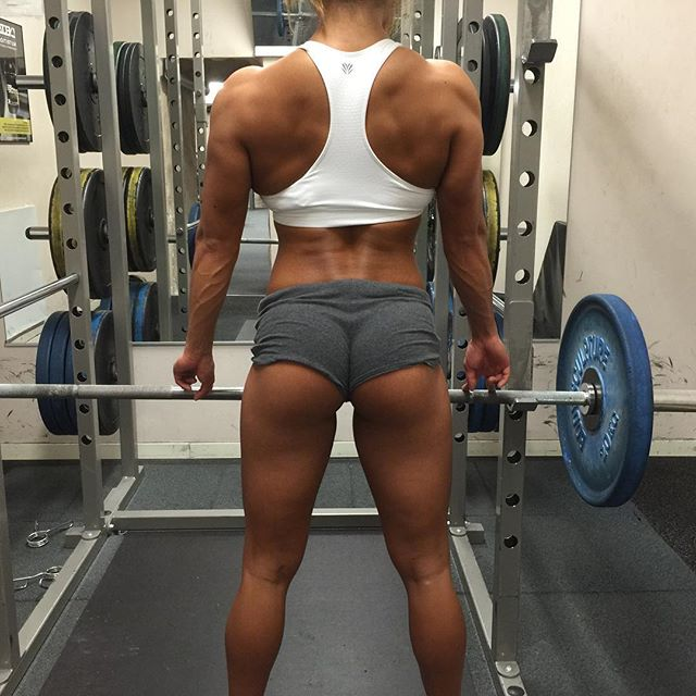 Fitness Model Sophie Arvebrink Instagram photos