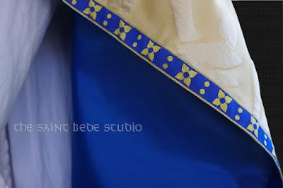 Marian vestments