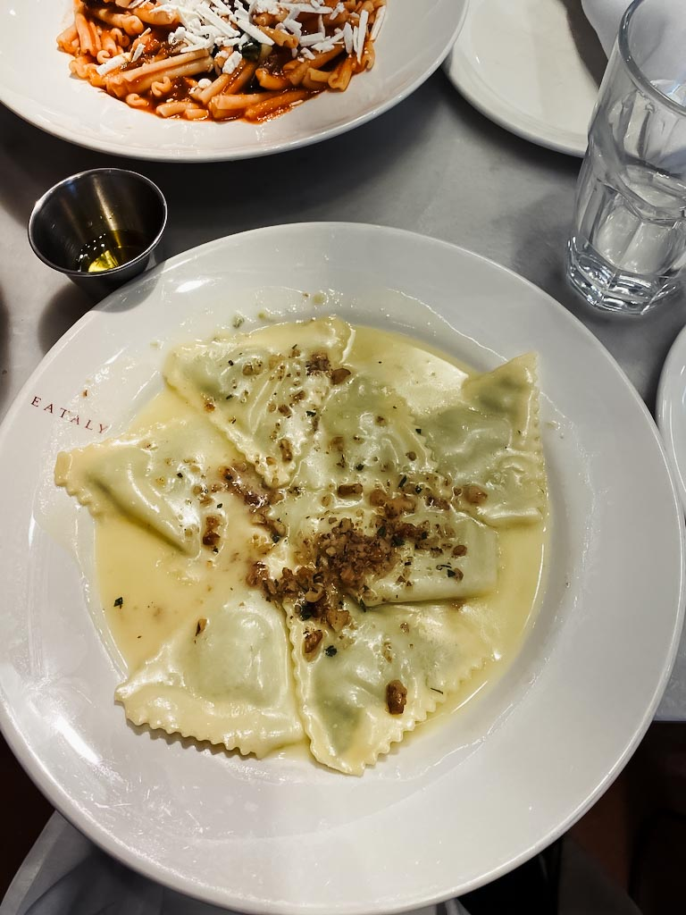 eataly nyc downtown world trade center ravioli gluten free lunch pasta