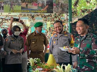 Kapolres Pangkep Beri kejutan Dandim di Hut TNI ke 75