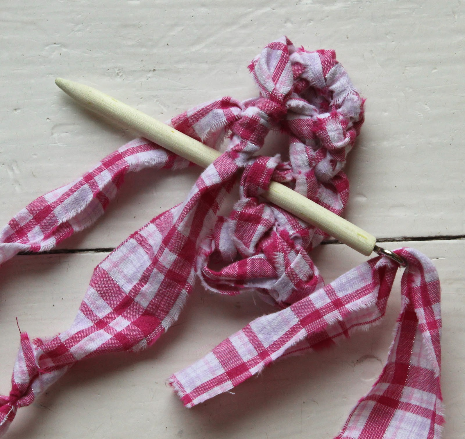 Little Bird SOS: Rag Rugs: Amish Knot Rugs