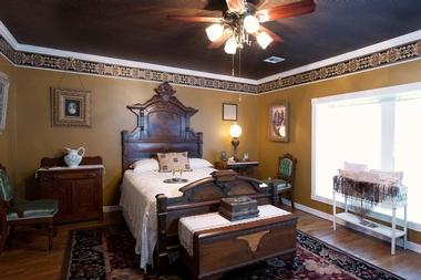 The Victorian Lady Bed and Breakfast