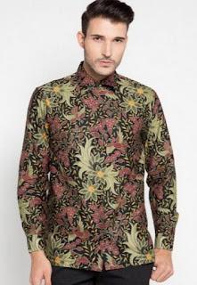 Model baju batik pria terbaru lengan panjang