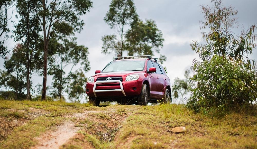 SUV Toyota Ideal untuk meda jalan Lampung