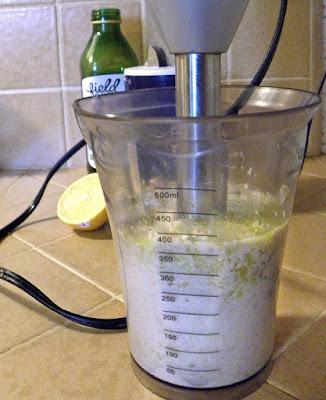 Making Cashew Cream with Blender