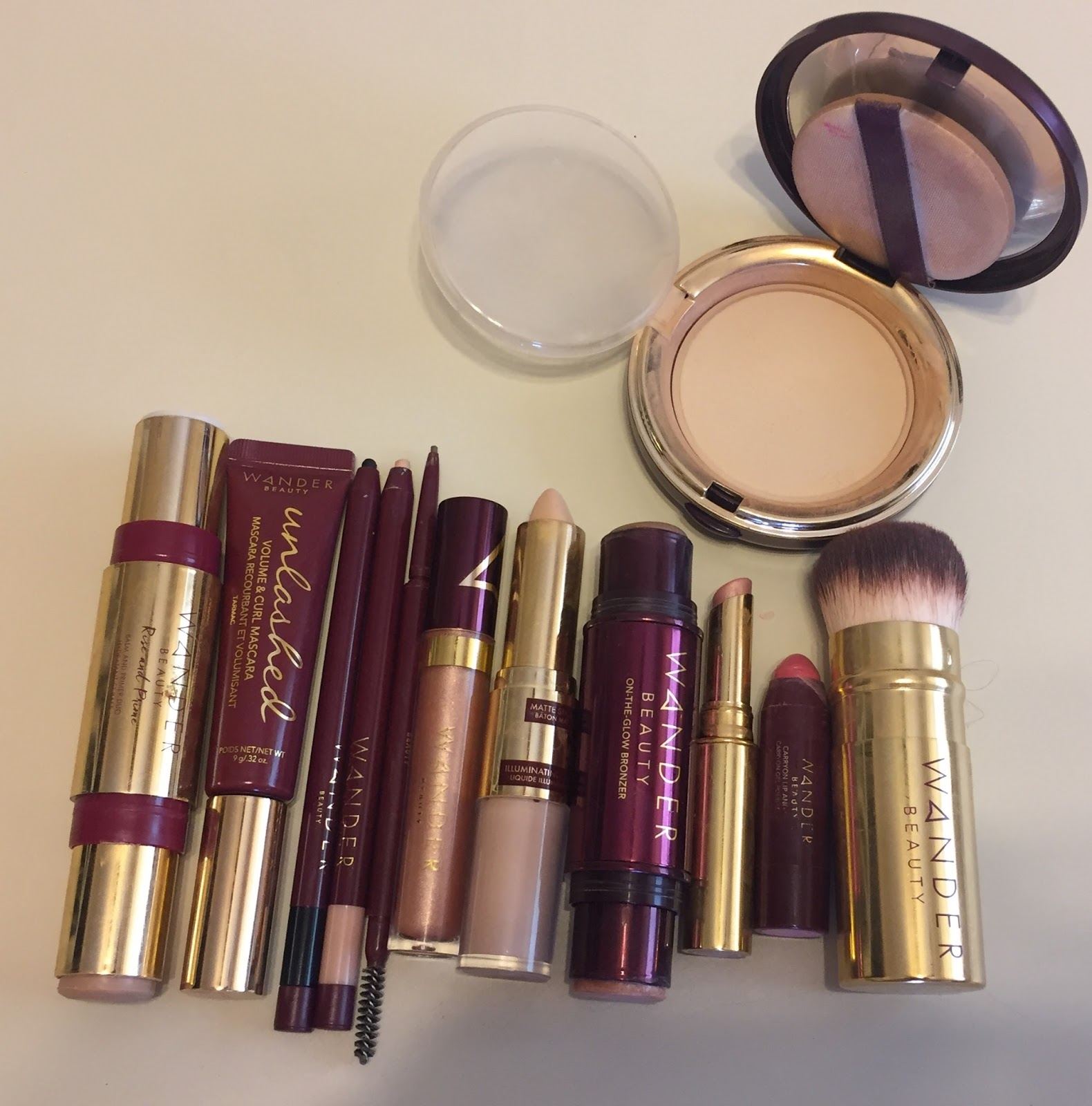 ebf13399fa4 So here are my steps to applying a full face of makeup using all Wander  Beauty. Talk about quick and eays makeup- I used my fingers for almost  everything ...