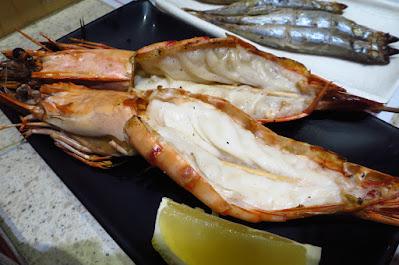 Nakajima Suisan - grilled prawns