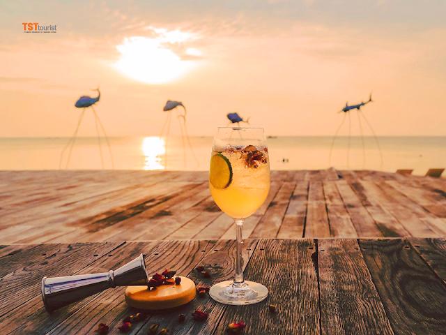 Ngắm hoàng hôn cùng Sunset Sanato - Phú Quốc