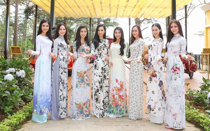 Vietnamese Girls, Ao Dai and Broken Rice