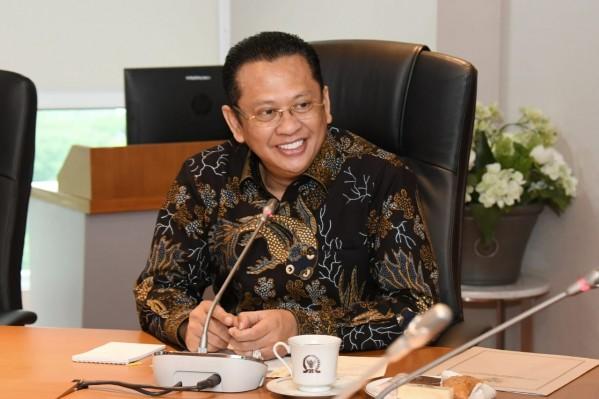 Ketua MPR Harapkan UMKM Bisa Selamatkan Indonesia dari Resesi Ekonomi