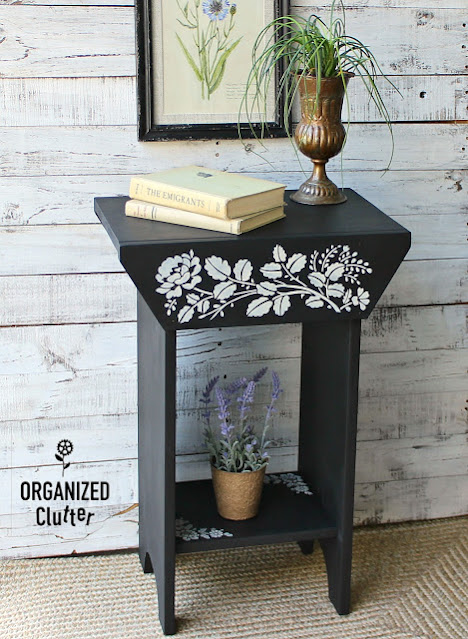 Photo of upcycled garage sale table