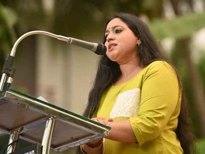 Kochi, News, Kerala, Cinema, Entertainment, Actress, Facebook, Facebook Post, BJP, ABVP, Actress Lakshmi Priya says that I will vote for BJP