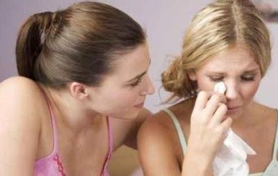 Cara Mengenali Teman Penghianat