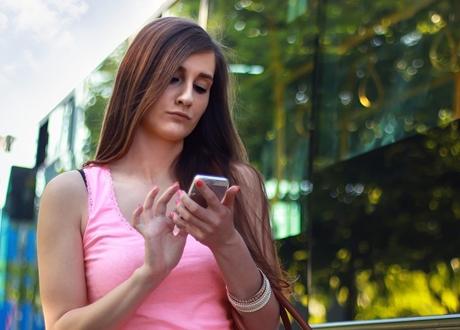 Perceraian Diduga Marak Sejak Ponsel Pintar Laris Manis, 80 Persen Janda Baru Dipicu WA dan Medsos