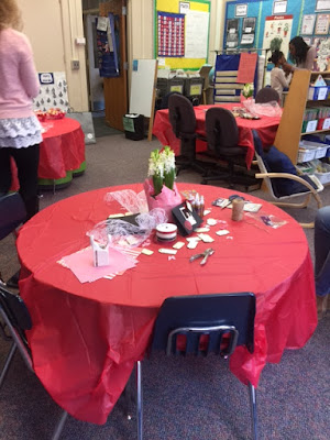 Picture of Valentine party craft station.