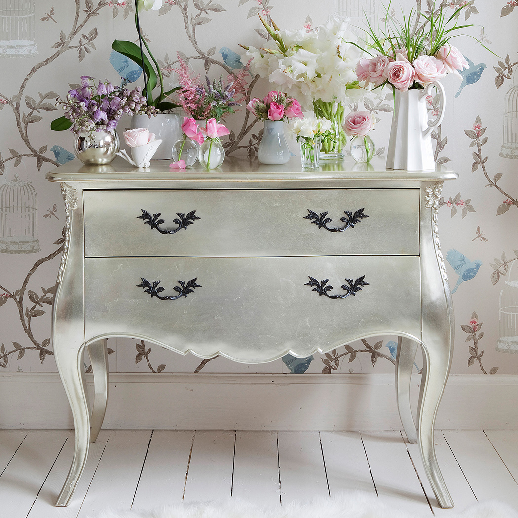 Lovely Vintage Living Room Ideas With Glamour Furniture: Lush Fab Glam Inspired Lifestyle For The Modern Woman