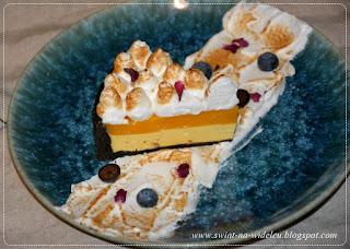 https://swiat-na-widelcu.blogspot.com/2020/03/tarta-mango-na-kruchym-spodzie.html