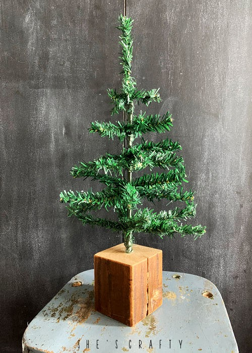 Rustic Christmas Tree DIY - dollar store tree in 4 x 4 wooden block
