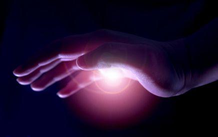 Hướng dẫn cách mở nút khóa nguồn chữa bệnh trong lòng bàn tay