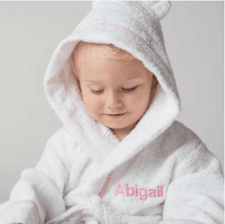 hadiah bayi, Lovingly Signed