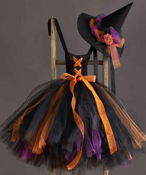 Disfraz de bruja con falda de tul