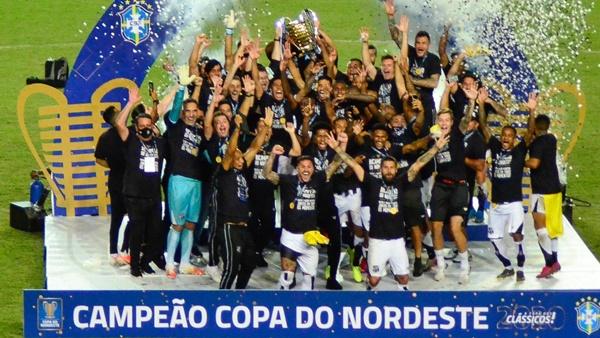 O Ceará é bicampeão invicto da Copa do Nordeste