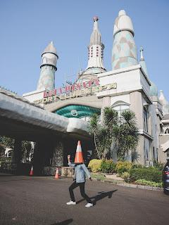fasilitas lengkap kota wisata untuk generasi millenial