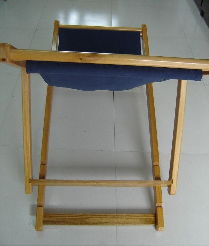 Picnic Chairs: Wood and Canvas Folding Picnic Chairs