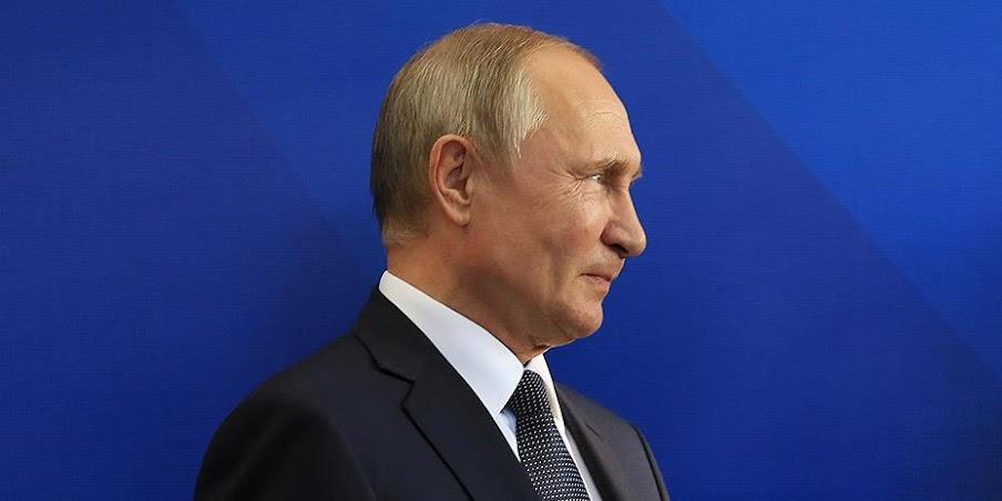 Πούτιν σε Μέρκελ: Εσωτερική υπόθεση οι μετακινήσεις στρατευμάτων