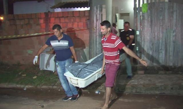 Homem é assassinado a tiros e adolescente é baleado em conjunto habitacional de Rio Branco