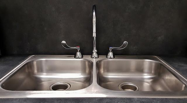 lavello-cucina-calcare-pulizia-prodotti