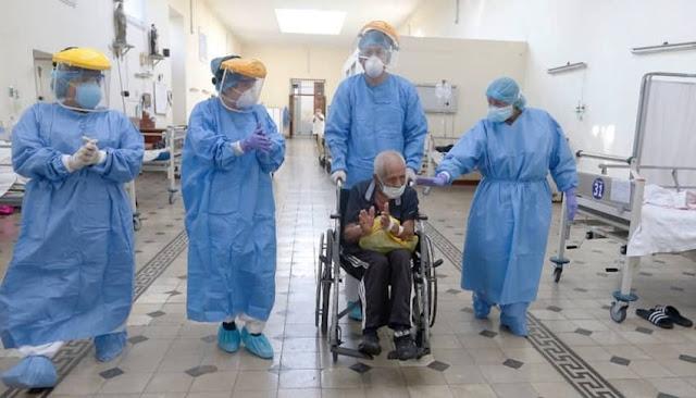 Más de 1000 adultos mayores vencieron la COVID-19
