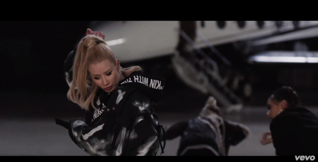VÍDEO - Iggy Azalea – Team
