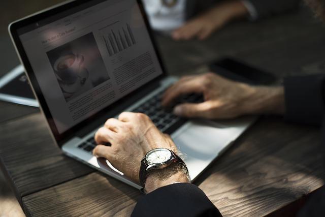 Bagaimana blogger mendapatkan penghasilan online?
