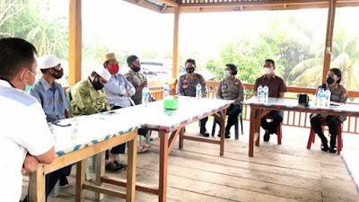 Pertemuan Bersama Tokoh Muslim, Kapolres Minut Ajak Umat Laksanakan Ibadah Ramadhan dengan Prokes