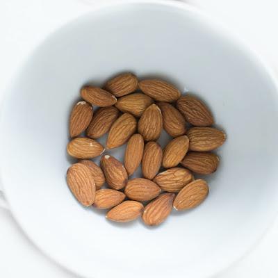 Almond oil remove to dark circle, badam ke tel se dark circle dur krne ke upay