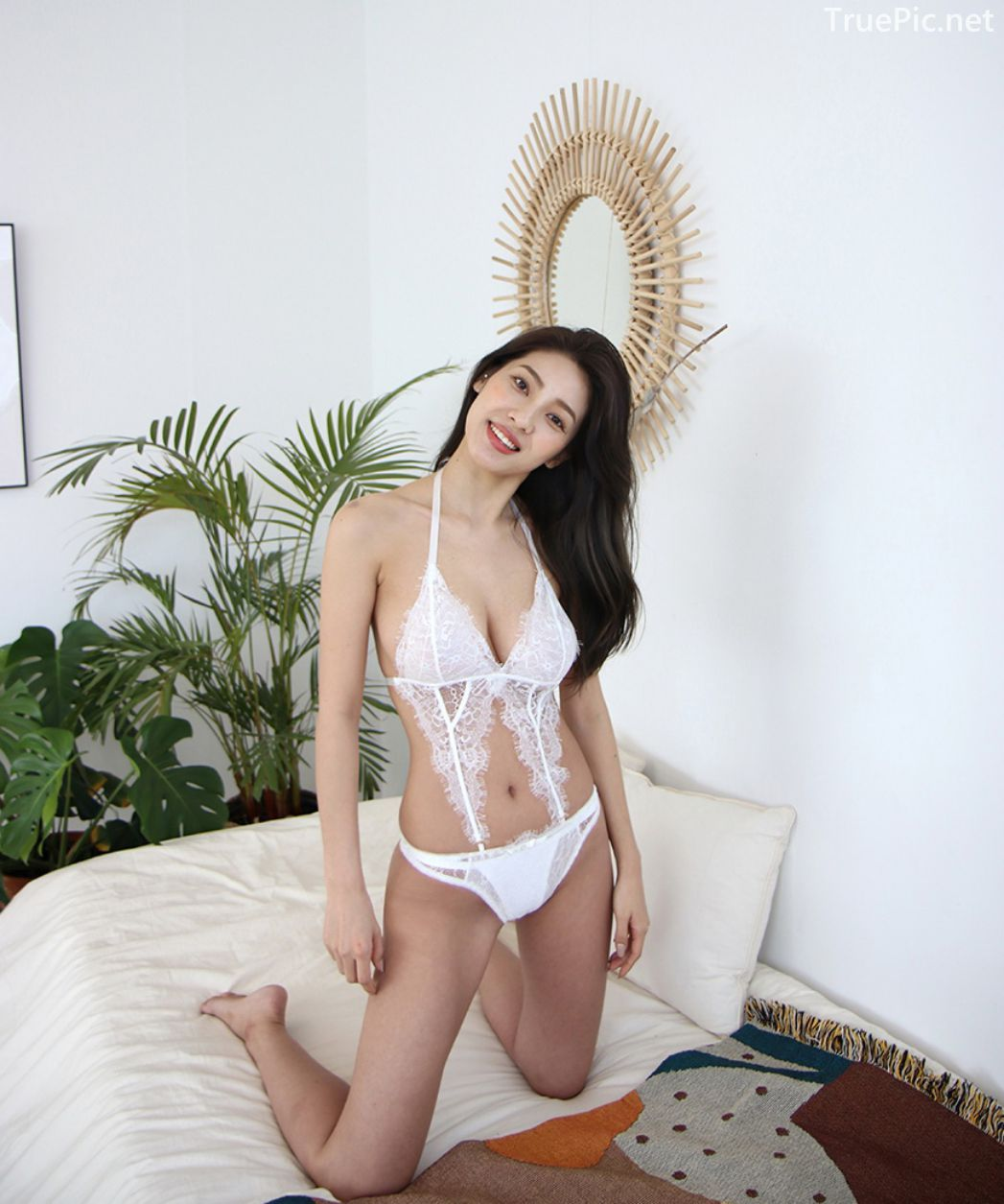 Jeon Ji Su - Bohemian lace white Lingerie - Korean model and fashion - Picture 5