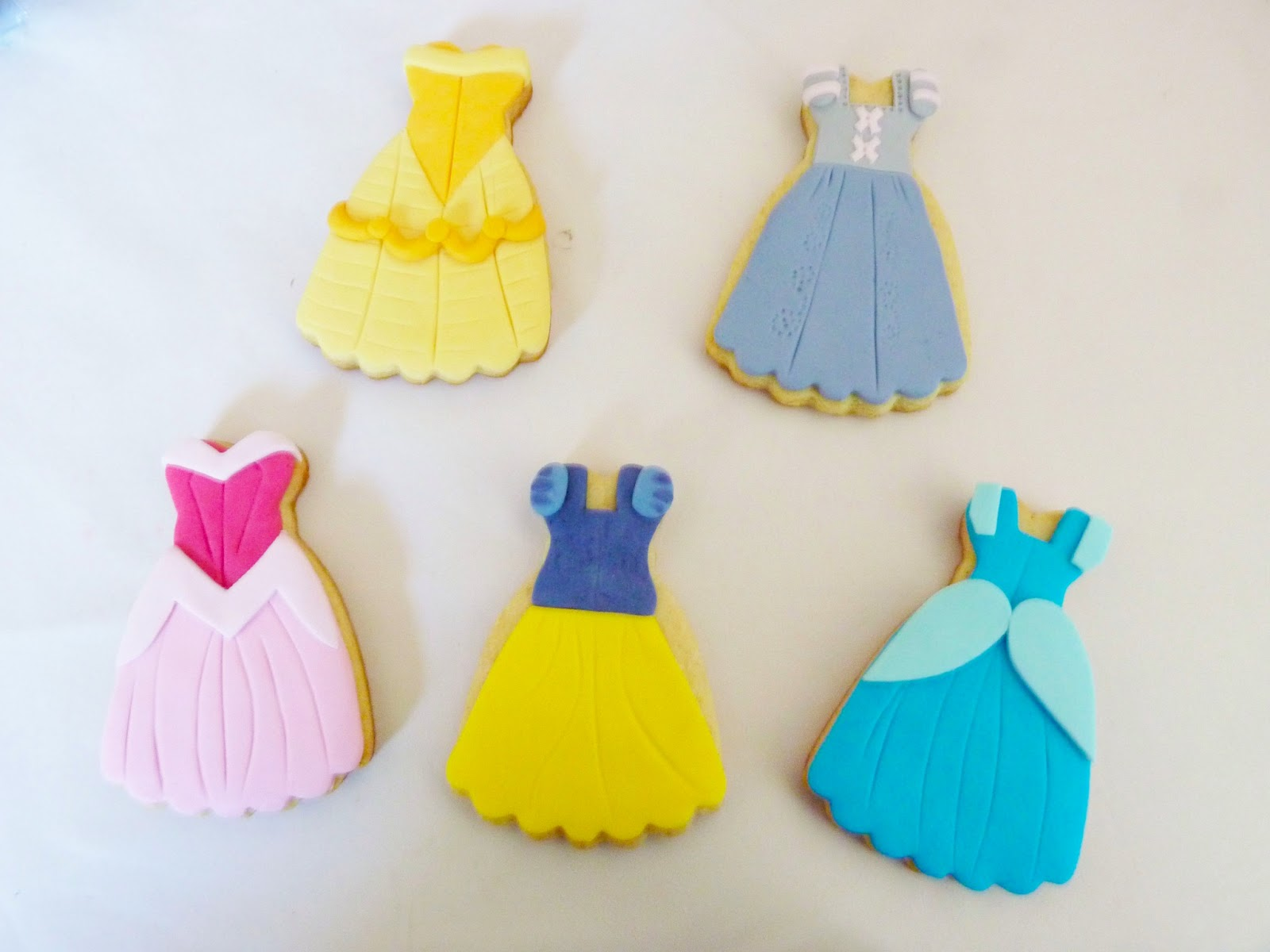 Galletas Decoradas De Princesas La Tarteria De Tana Galletas Princesa