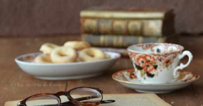 Biscotti Bussolai ... con glassa al limonello