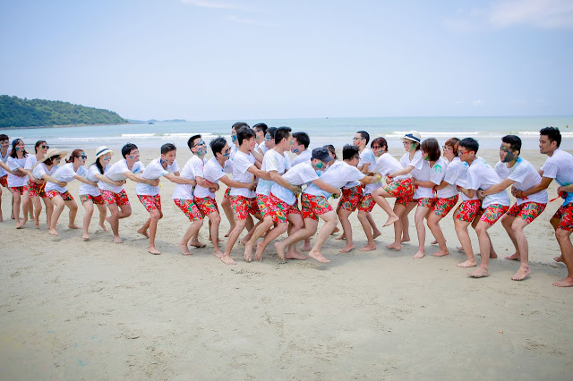 Đặt đồng phục đi biển cho nhóm Hà Nội như thế nào?