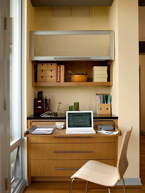 11 Desain Model Meja Kerja Minimalis Untuk Rumah dan Kantor Berukuran Kecil yang hangat