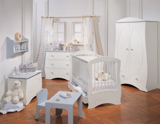 Dormitorio de bebé blanco