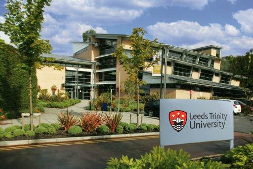 2020 International Bursary At Leeds Trinity University – UK(ForNigerians Too)