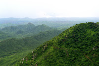 mount-abu-hill-station-in-india