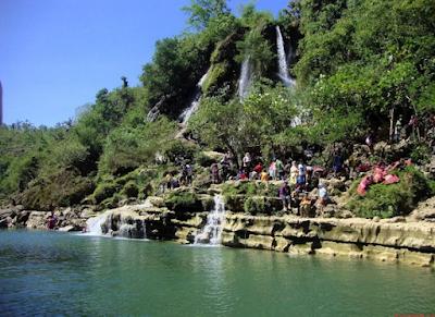 Pesona Air Terjun Sri Gethuk Gunung Kidul
