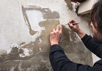 Aksi Kreatif Kelupas Tembok-tembok Tua untuk Palestina