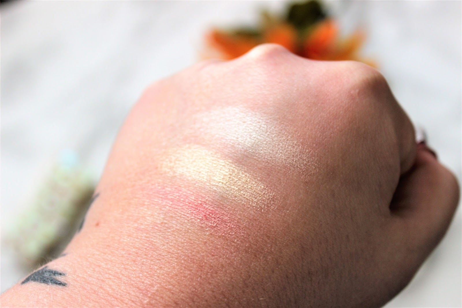 Pixi Highlighter Review