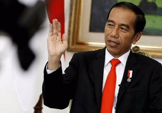 PA 212 Ingin Lengserkan Jokowi, Pakar Hukum Tata Negara Bilang Begini…