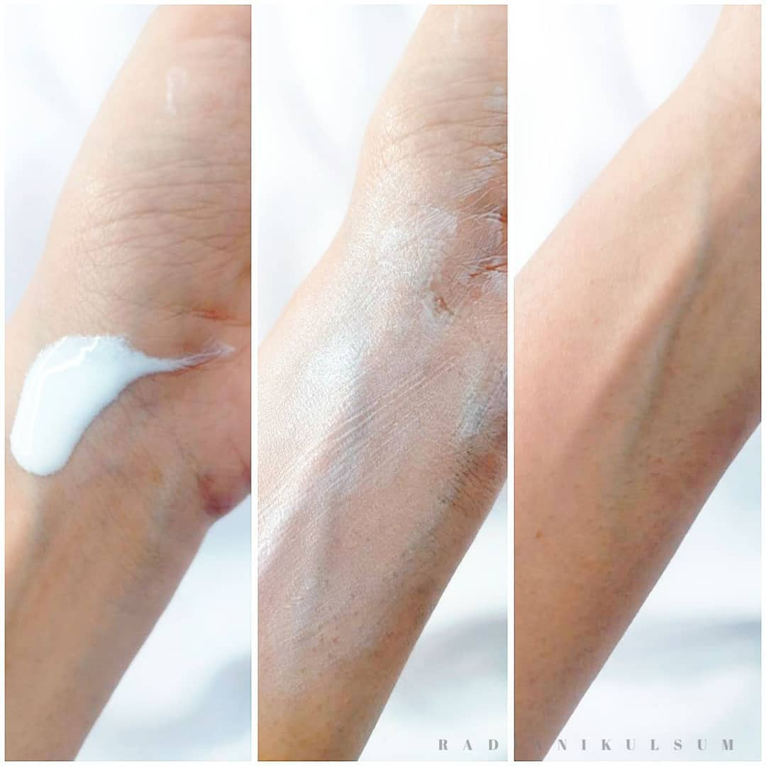 tekstur Vaseline - Sunblock SPF 30 PA++ Water Resistant